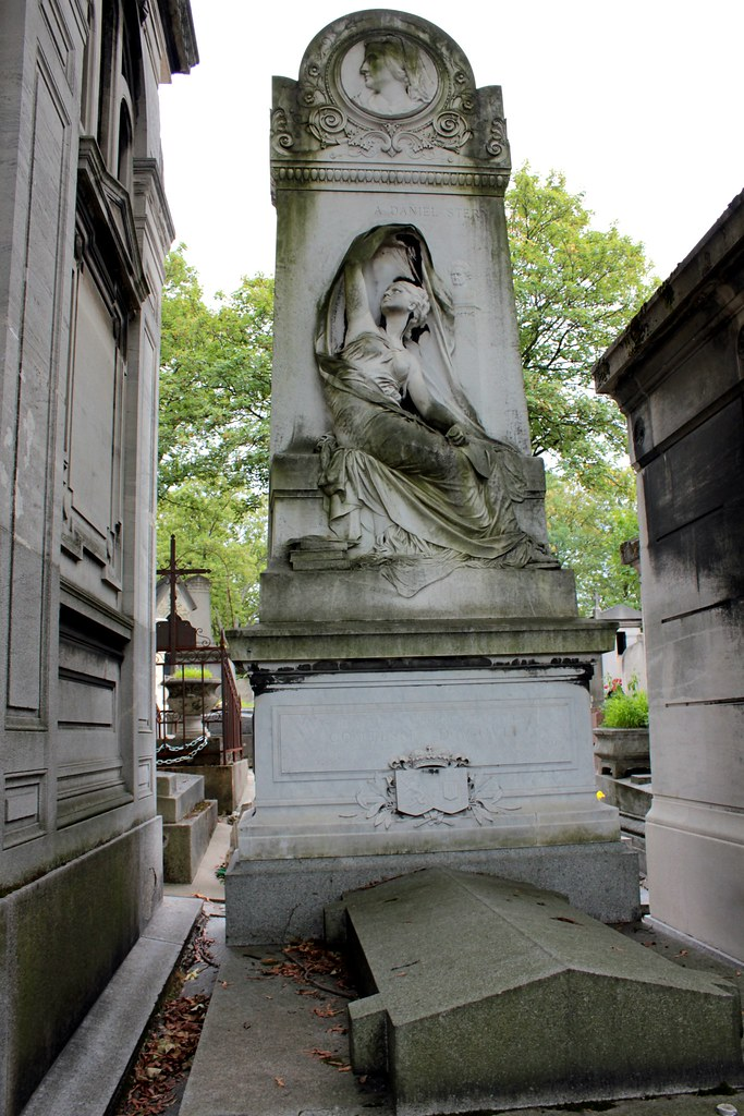 tombe-marie-agoult